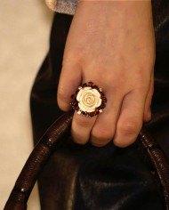 anillo-rosa-marfil2